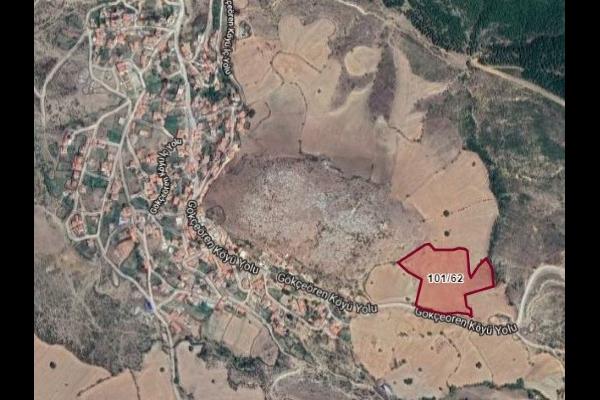 BALIKESİR ALTIEYLÜLDE 18.900 M2 TARLA